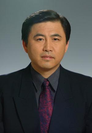 中央电视台总工程师丁文华