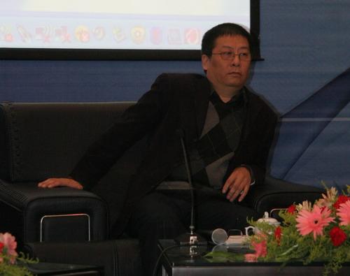 <center>湖南省广电集团副总编辑<br>盛伯骥</center>