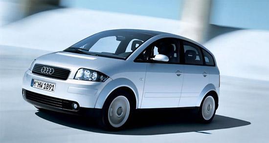 第一代A2采用昂贵的全铝结构车身设计 点击查看奥迪进口车型   第一代奥迪A2采用昂贵的全铝结构车身设计,这导致其销售价格高昂,自然买单者并不在多数,销售情况也并不理想。而在目前全球资源紧张的情况下,各大汽车制造商都在加紧研发紧凑型轿车,奥迪也希望重拾开发新款A2项目,以在紧凑型轿车领域不落对手之后。   新一代奥迪A2定位将明显与A3拉开距离,同时又给A1留出了一定的空间。国外汽车专业网站报道称,奥迪希望最早于2012年推出全新一代的新奥迪A2,那时金融危机的压力有所缓解,A2这类车型则是危机过后人们