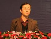 <center>清华大学新闻与传播学院副院长 博士生导师尹鸿</center>