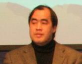 <center>上海东方卫视高级编辑<br>谢耘耕</center>
